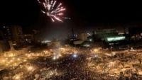 L'Egypte et le monde fêtent le départ d'Hosni Moubarak